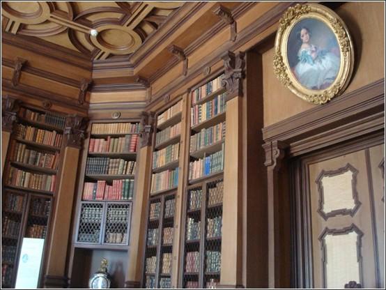 Castello di Miramare bibliotheque