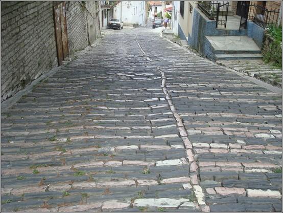 Gjirokastra rue