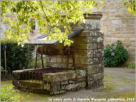 Pluherlin Morbihan Bretagne Le vieux puits