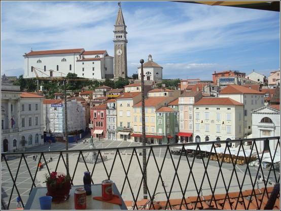 Piran %C3%A9glise Piazza Tartini Voyage de lItalie aux Balkans (Slovénie, Croatie, Serbie, Macédoine, Albanie)