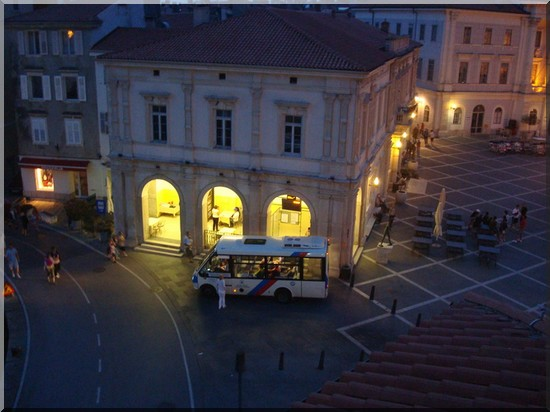 Piran place et bus