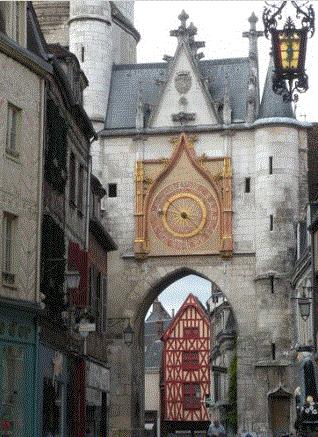 Auxerre Tour de lhorloge