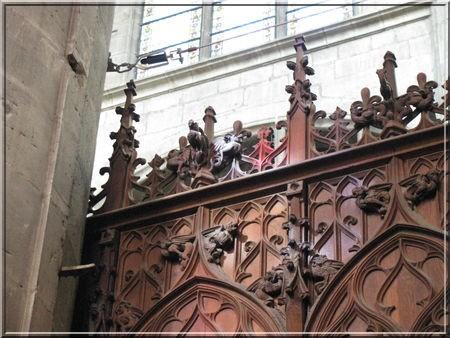 Cathedrale Auch choeur en bois