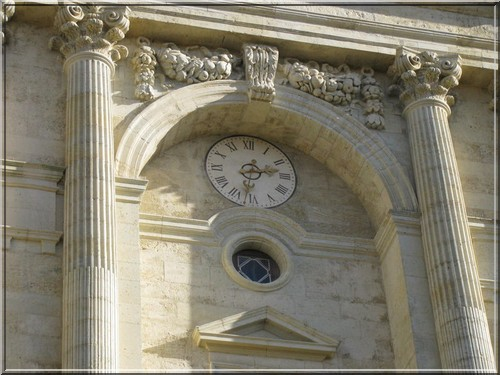 Cathedrale Auch horloge