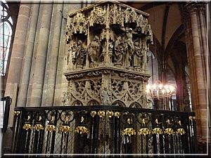 Strasbourg alsace cathedrale detail
