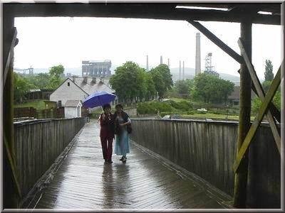 chateau hunedoara transylvanie pont