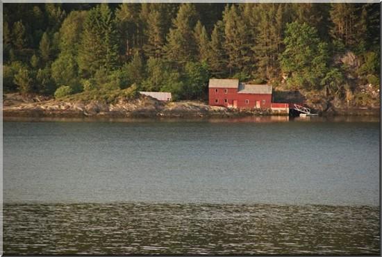 maison au bord de la mer