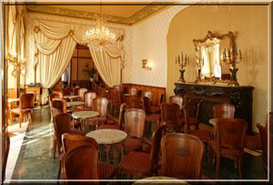 Cafe gerbeaud budapest interieur
