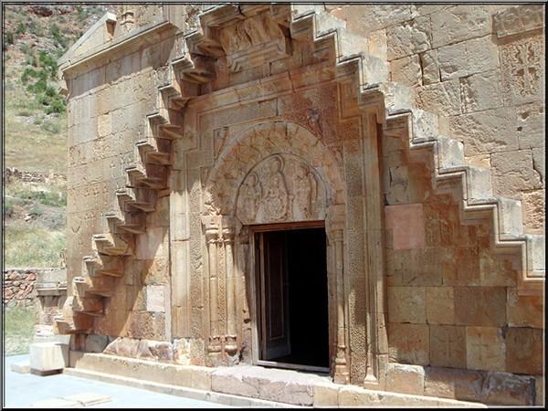 monastere noravank Armenie escalier aerien