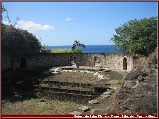 Martinique ruines theatre Saint Pierre