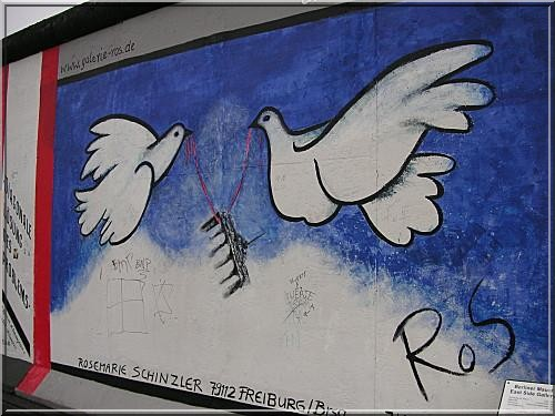 mur de berlin colombes