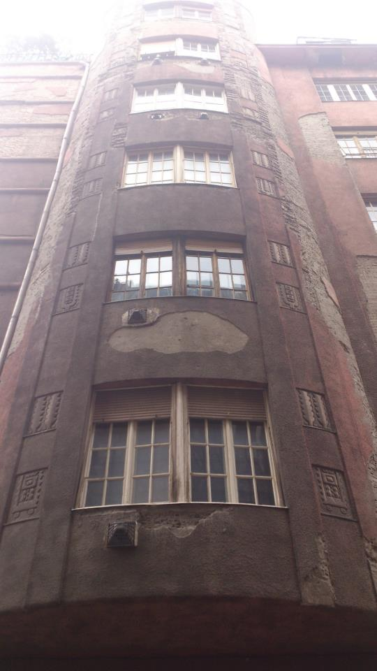 budapest facade delabree