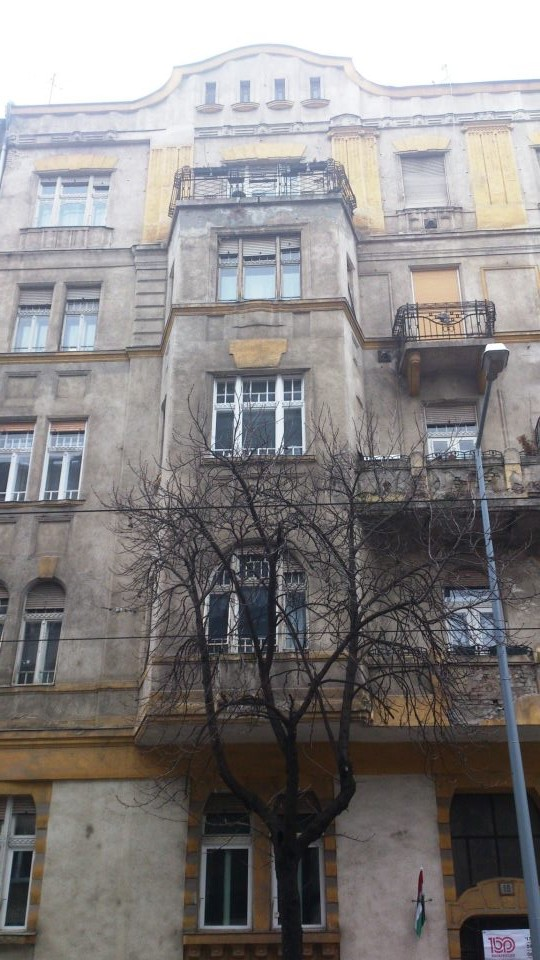 budapest facade