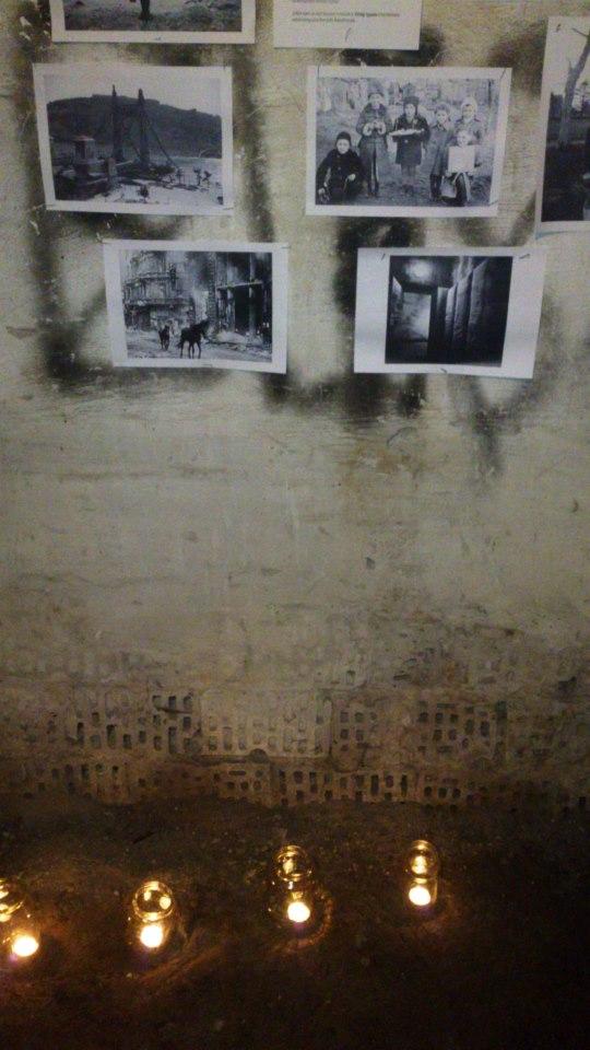 budapest photos anciennes sur un mur