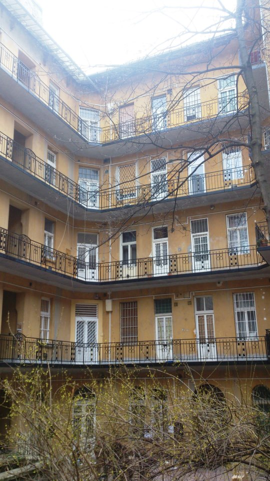 budapest100 cour d'immeuble