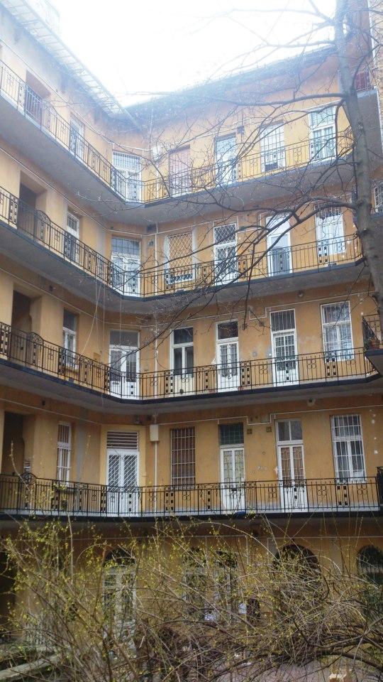 budapest100 cour d'immeuble