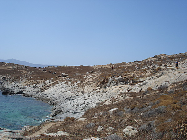 yclades plage agia anna rochers