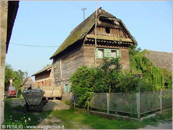 maison lonjsko polje croatie