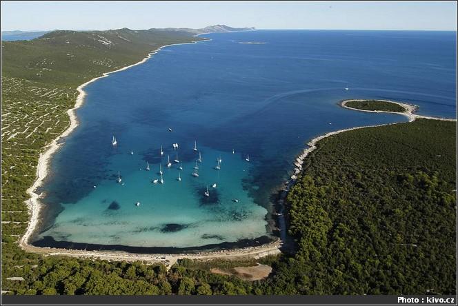 sakarun plage de sable en croatie sur l'île Dugi Otok