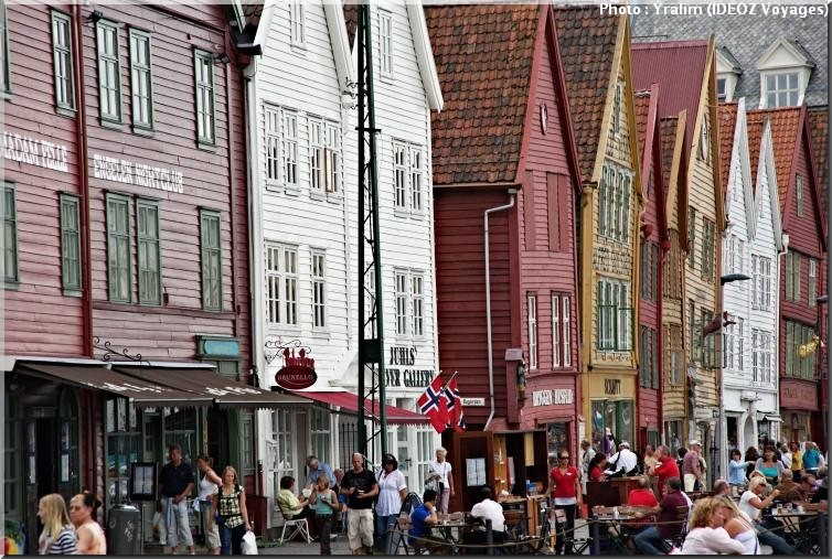 bergen norway facades colorees