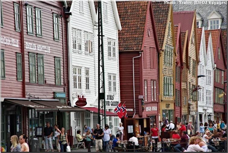 bergen norway facades colorees
