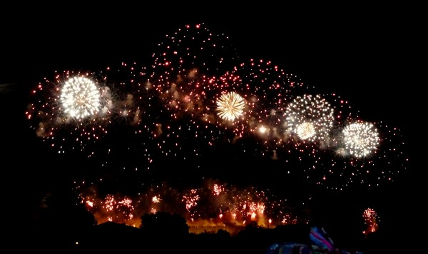 cite carcassonne feu artifice 2011