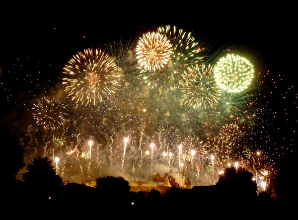 feu artifice carcassonne 2011 bouquet final