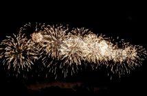feu artifice carcassonne 2011 gerbes blanches