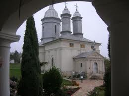 monastere ratesti buzau
