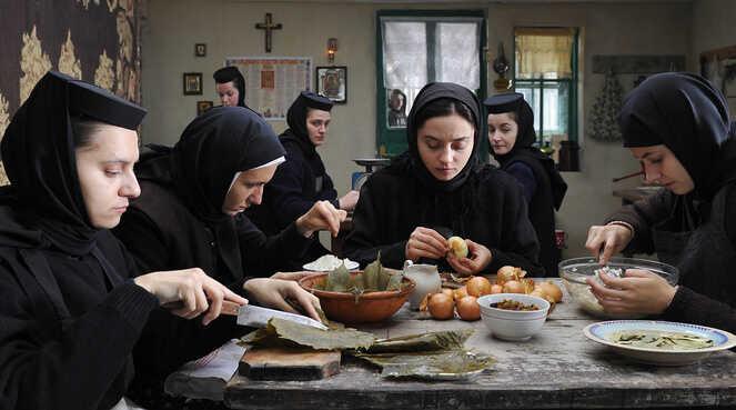 au dela des collines monastère orthodoxe d'horezu