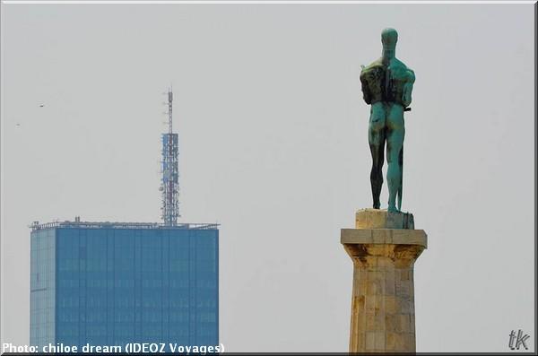 belgrade serbie statue