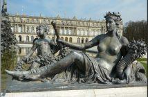 chateau herrenchiemsee statue