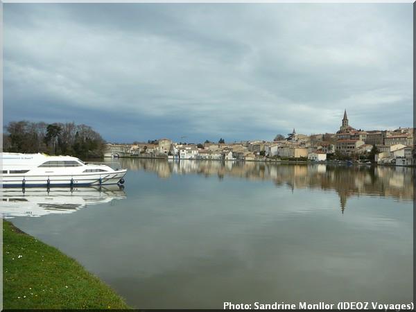 grand bassin vieille ville Castelnaudary