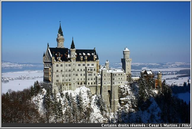 neuschwanstein en hiver chateau louis 2 de baviere