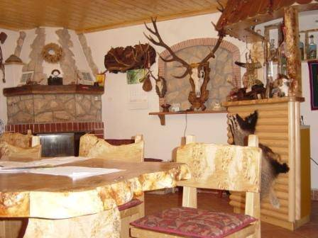 mrzlingrad decoration auberge