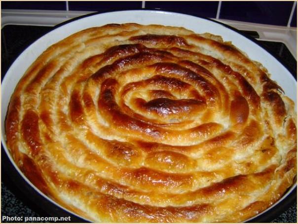 La gibanica ; l'un des plats typiques de la cuisine serbe et des Balkans