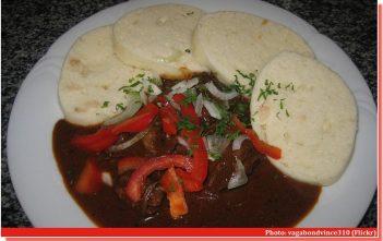 goulash tcheque avec des knedliky