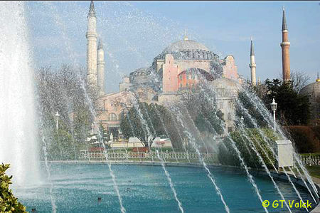 istanbul fontaines sainte sophie