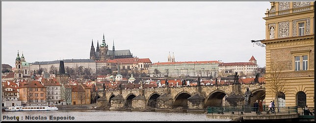 prague pont charles chateau