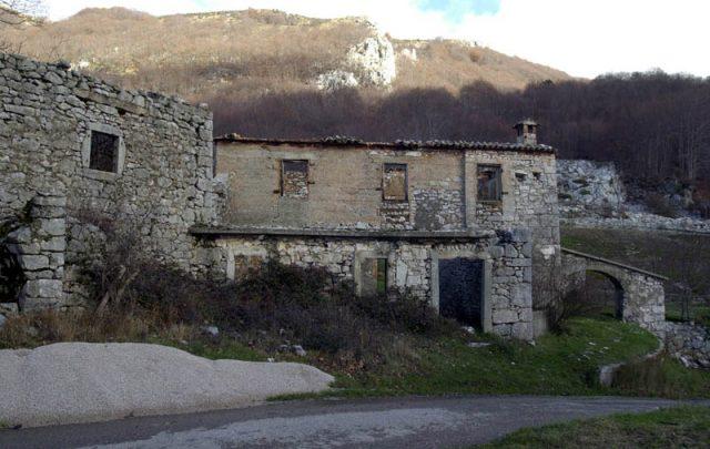 ucka ruines