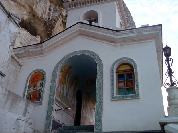 chufut kale monastere dormition