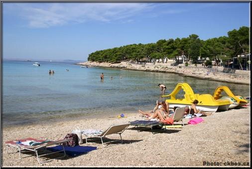 slanica plage en croatie sur l'île de murter