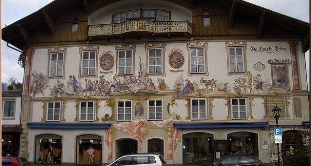oberammergau facade peinte