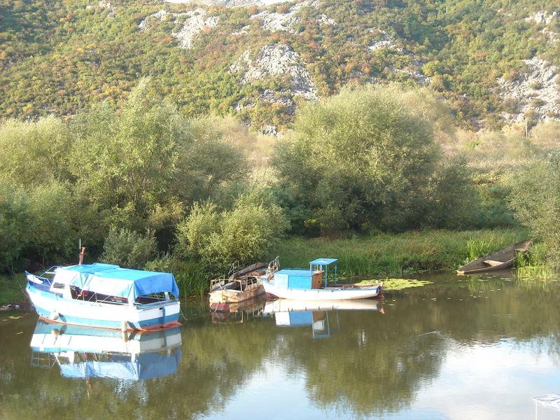 lac skadar bateaux