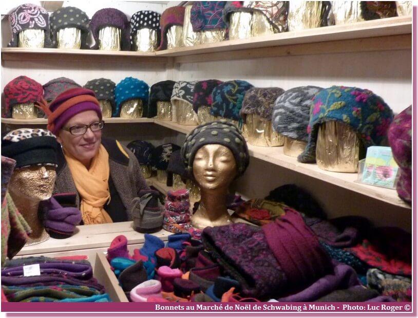 Munich Marché de noël bonnets et echarpes