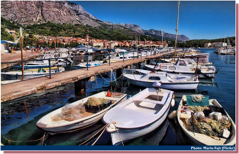 Port Makarska barques