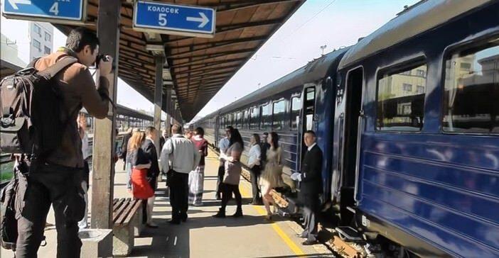 Train bleu de Tito à la gare centrale de Belgrade
