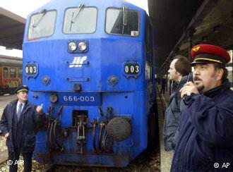 train bleu de Tito au départ de Belgrade