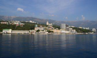 Yalta depuis la mer Noire