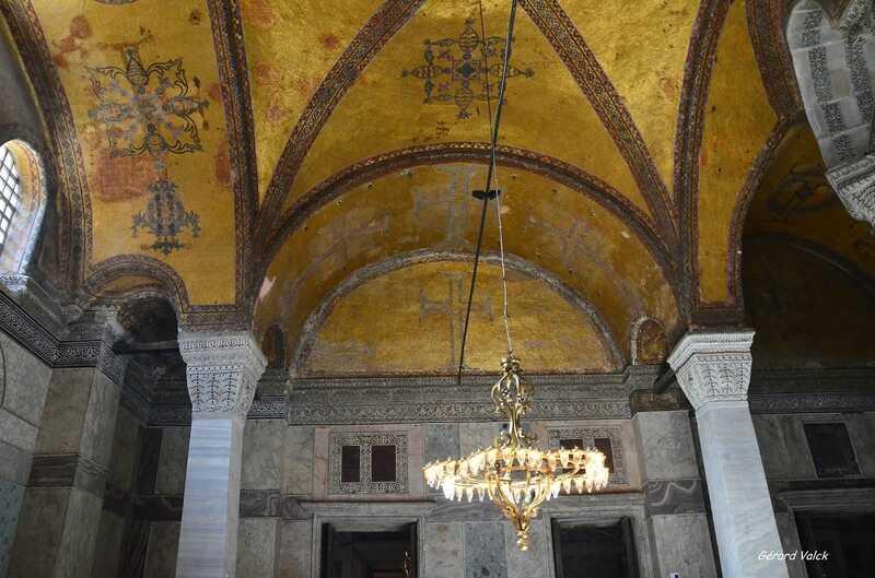 intérieur de la Basilique Sainte-Sophie
